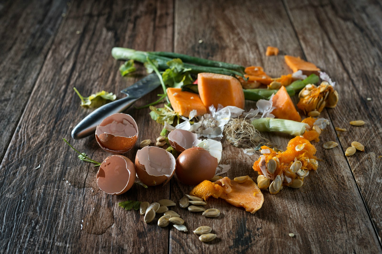 Be both financially and environmentally friendly - reduce your food waste with these simple ideas